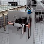 通过电机反馈系统中的 HIPERFACE DSL® 进行高效的机器人驱动