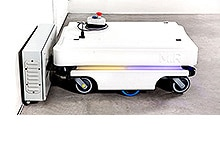 Efficient and mobile robot for automated internal transport and logistics solutions