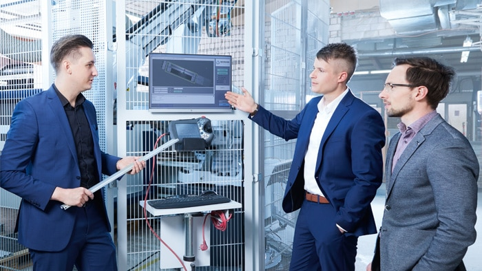 Satisfied faces (left to right): Phillip Schuon (Management Board, MS-Schuon GmbH), Jascha Rohmann (CEO, Rohmann-Automation GmbH), Tibor Mellert (LMS4000 Product Manager, SICK AG)