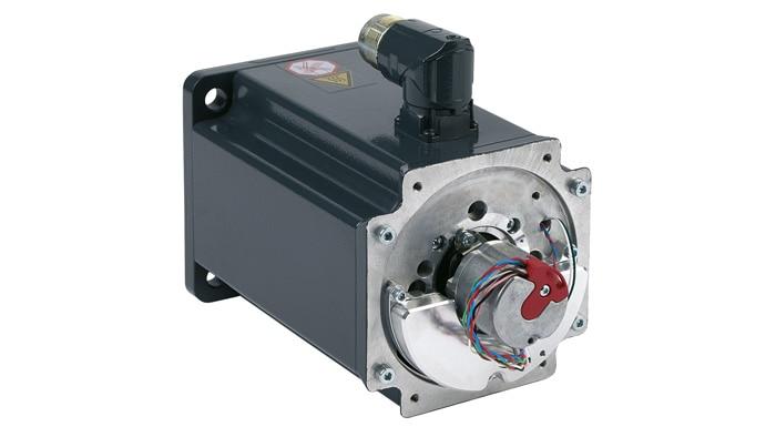 Servo motor with integrated sensors